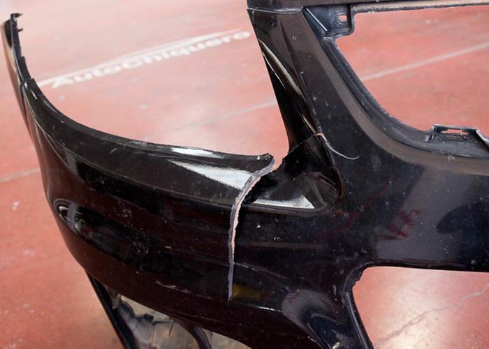 Reparación paragolpes y plásticos